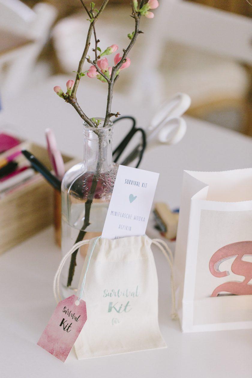Survival Kit, Trauzeuginnen Bag und weitere Beutelchen - ein kleines DIY