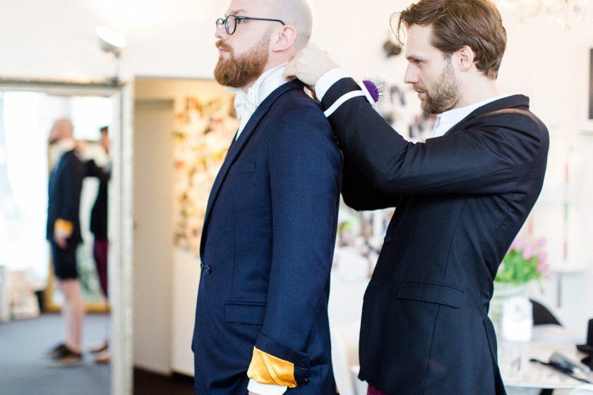 Wir begleiten Mirko zur Wahl des Bräutigam Outfits