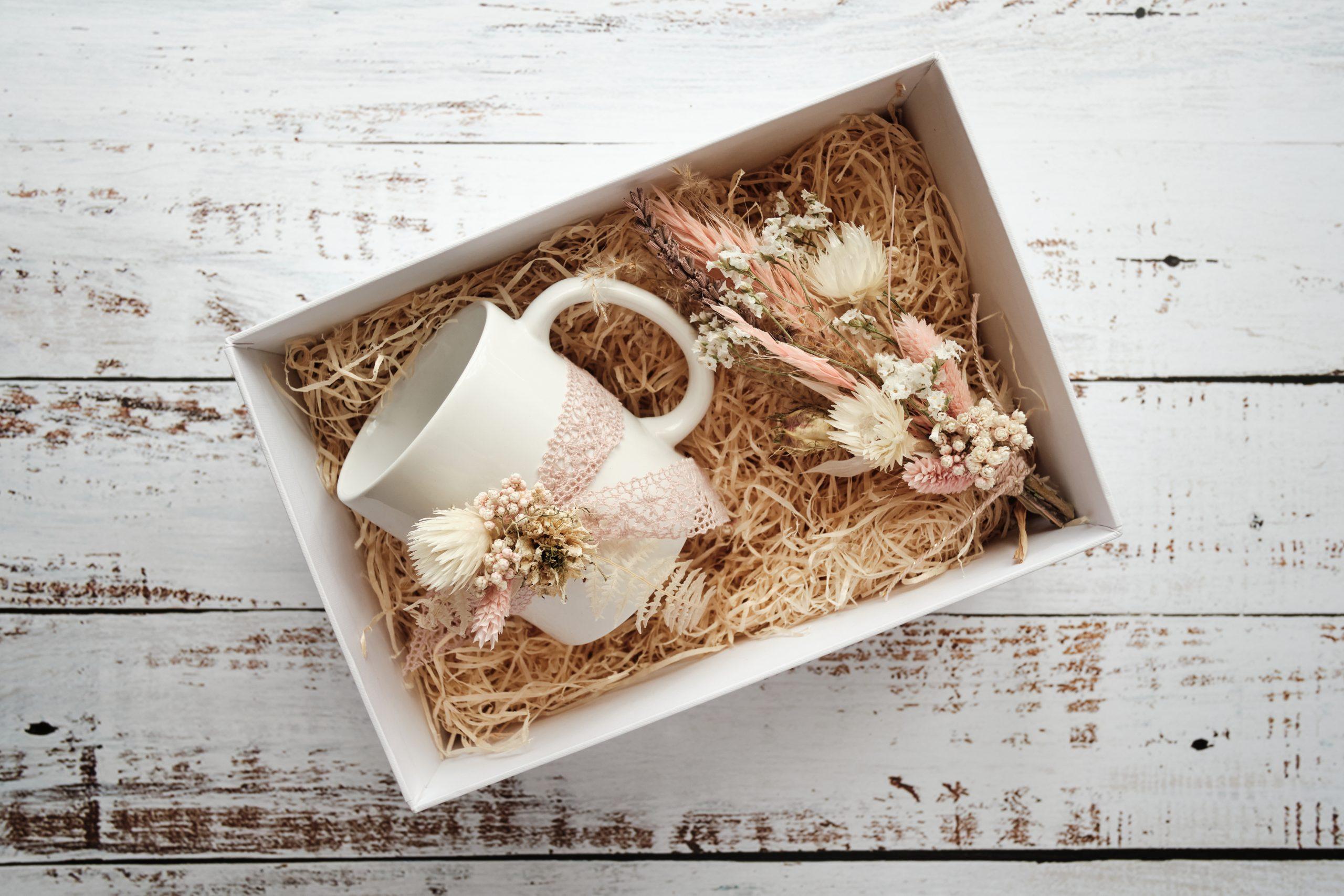 Geschenkset-Brautjungfer-Tasse-Trockenblumen-dried flowers