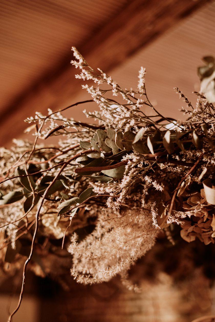 Trockenblumen-Raumdekoration-Kranz-heiraten 2021