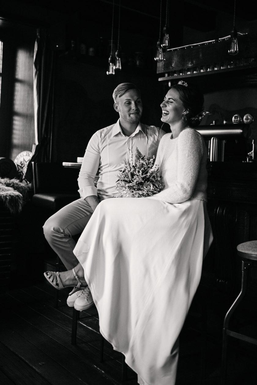 rustikale Hochzeit-rustic wedding-heiraten 2021-Paarfotografie