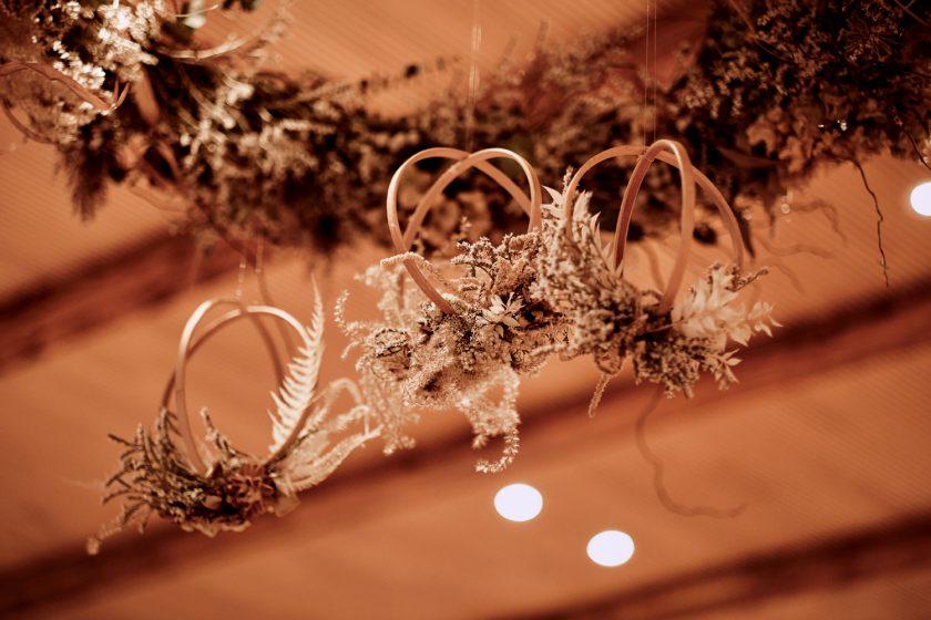 Flower Hoops-Trockenblumen-Hochzeitsdekoration-heiraten-DIY