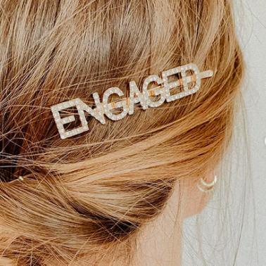 Haarspange-engaged-Braut-Verlobung