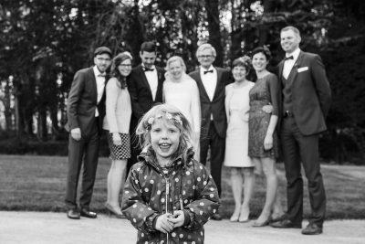 Familienportrait-Hochzeit-Kinder-Babykleidung